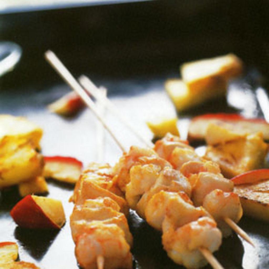 Pinchos adobados de pollo y cigalas - Como preparar pinchos de pollo ...