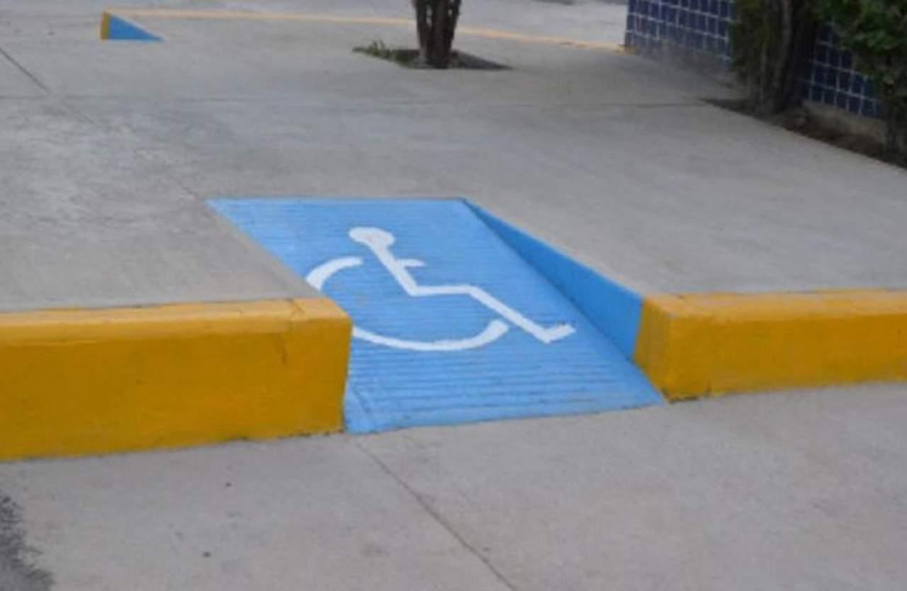 por concluir rampas para discapacitados
