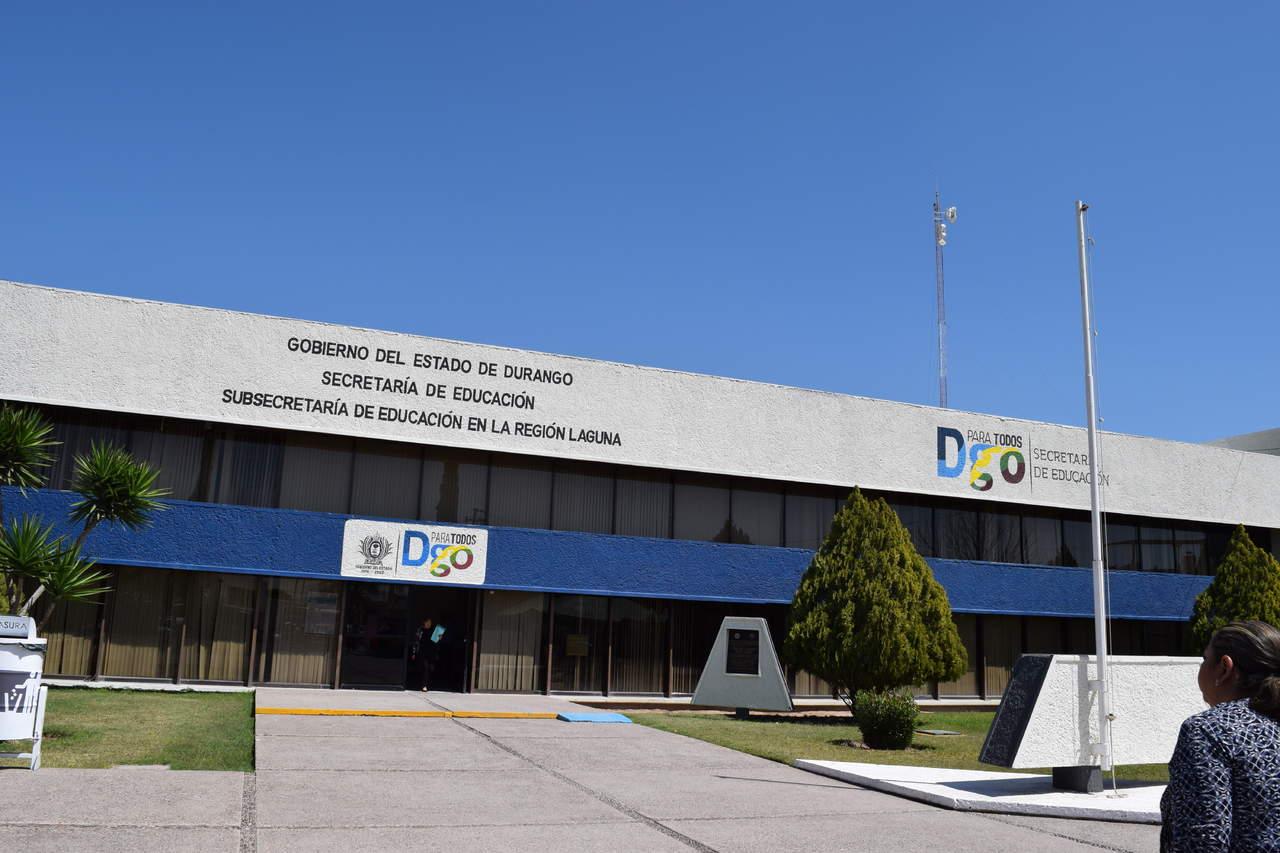 Denuncian presunta venta de plazas docentes falsas en la for Plazas docentes 2017