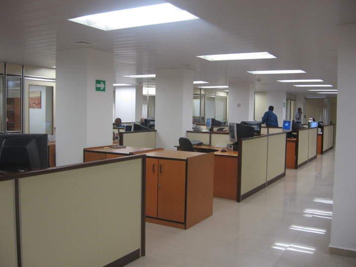 Inhabilitados 13 exfuncionarios estatales for Diseno de oficinas administrativas