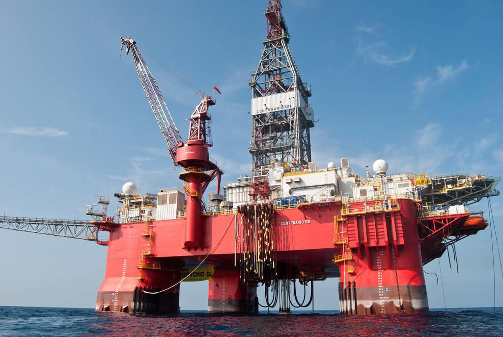 Prevén derrumbe en producción de petróleo en México