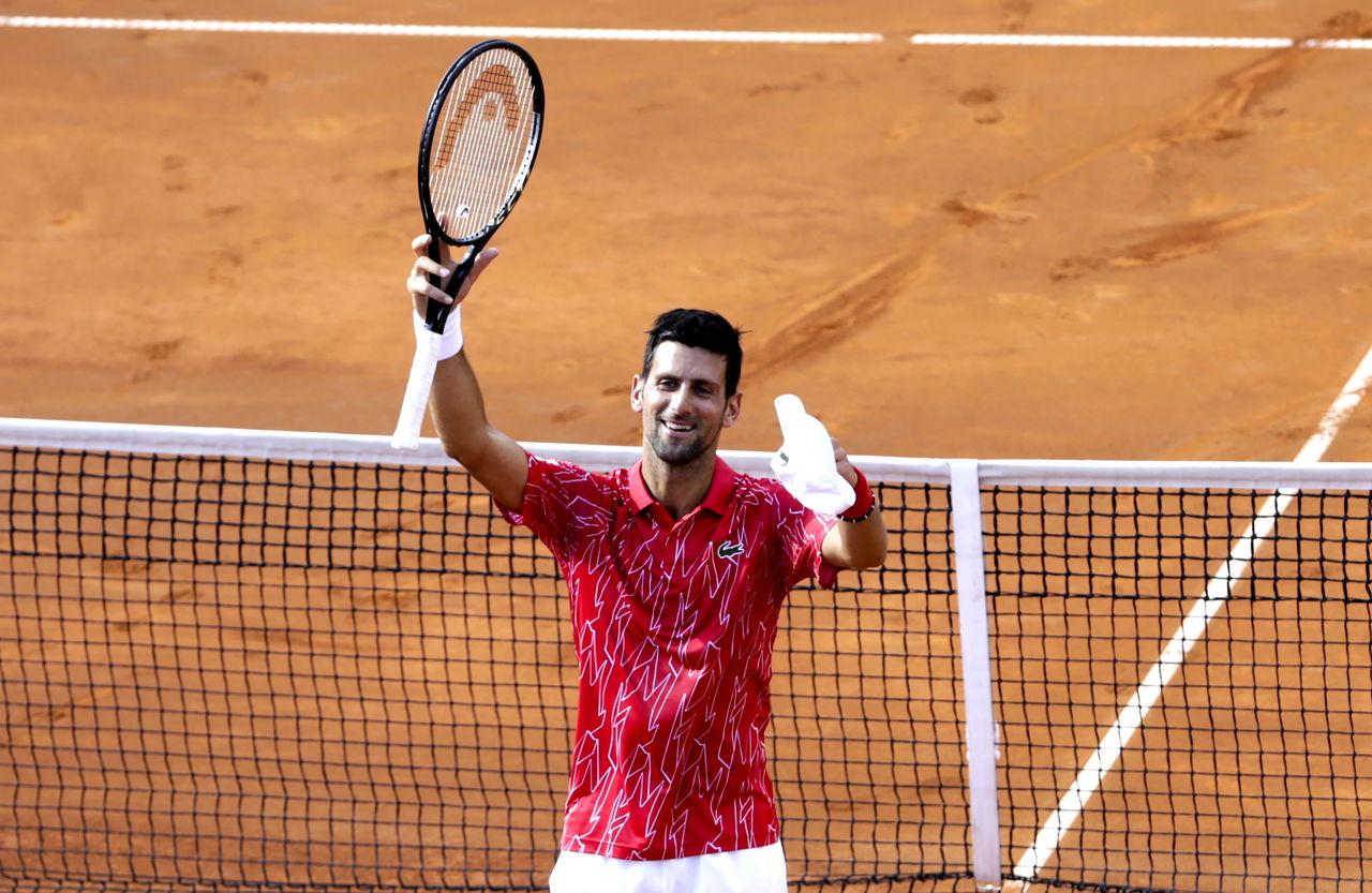Djokovic denuncia 'caza de brujas'