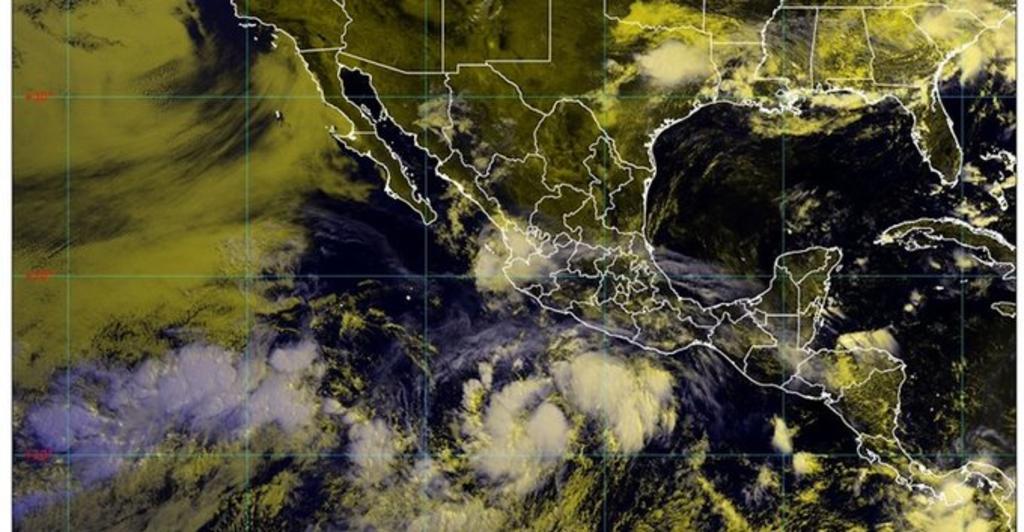 Tormenta tropical Cristina se aleja de costas mexicanas