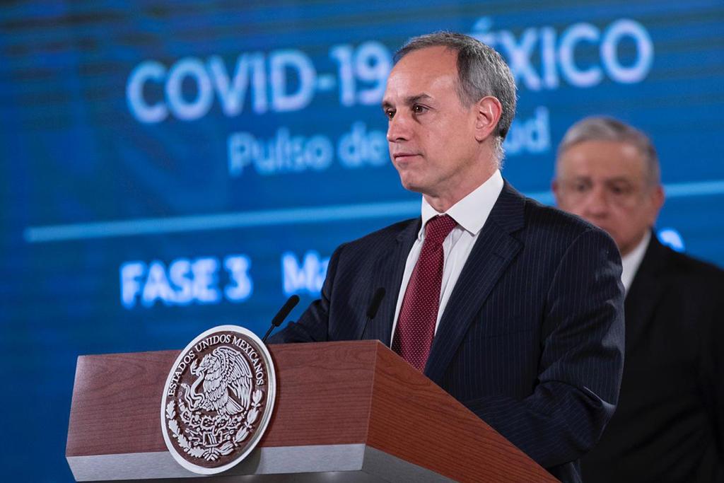 'Se le están lanzando con todo', dice AMLO sobre López-Gatell