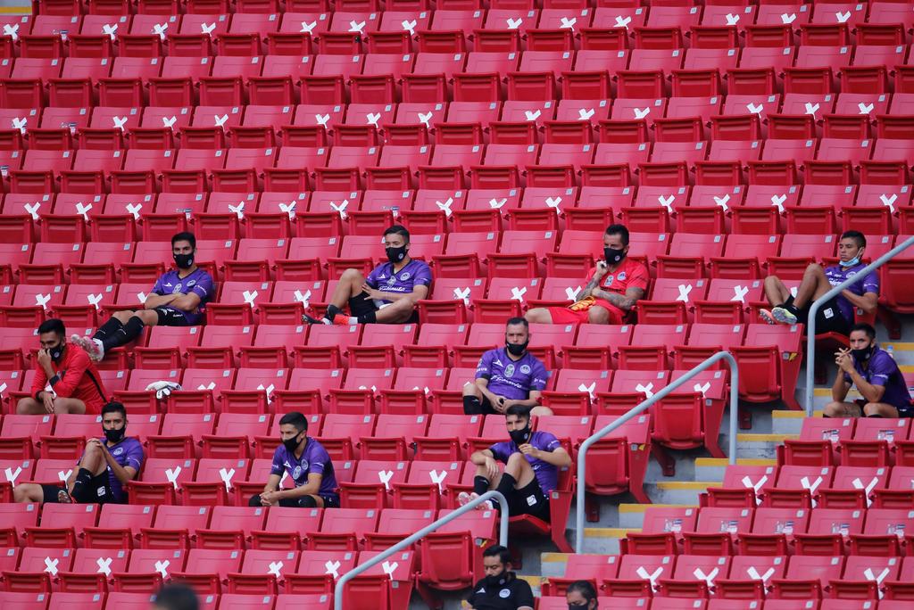 Opción de cinco cambios es extendida por la FIFA hasta el 2021