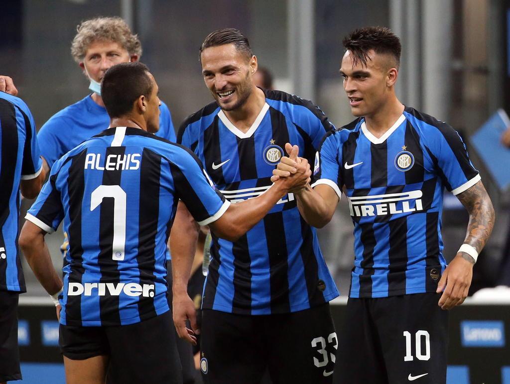 Inter gana y se mete a la pelea por el título en la Serie A