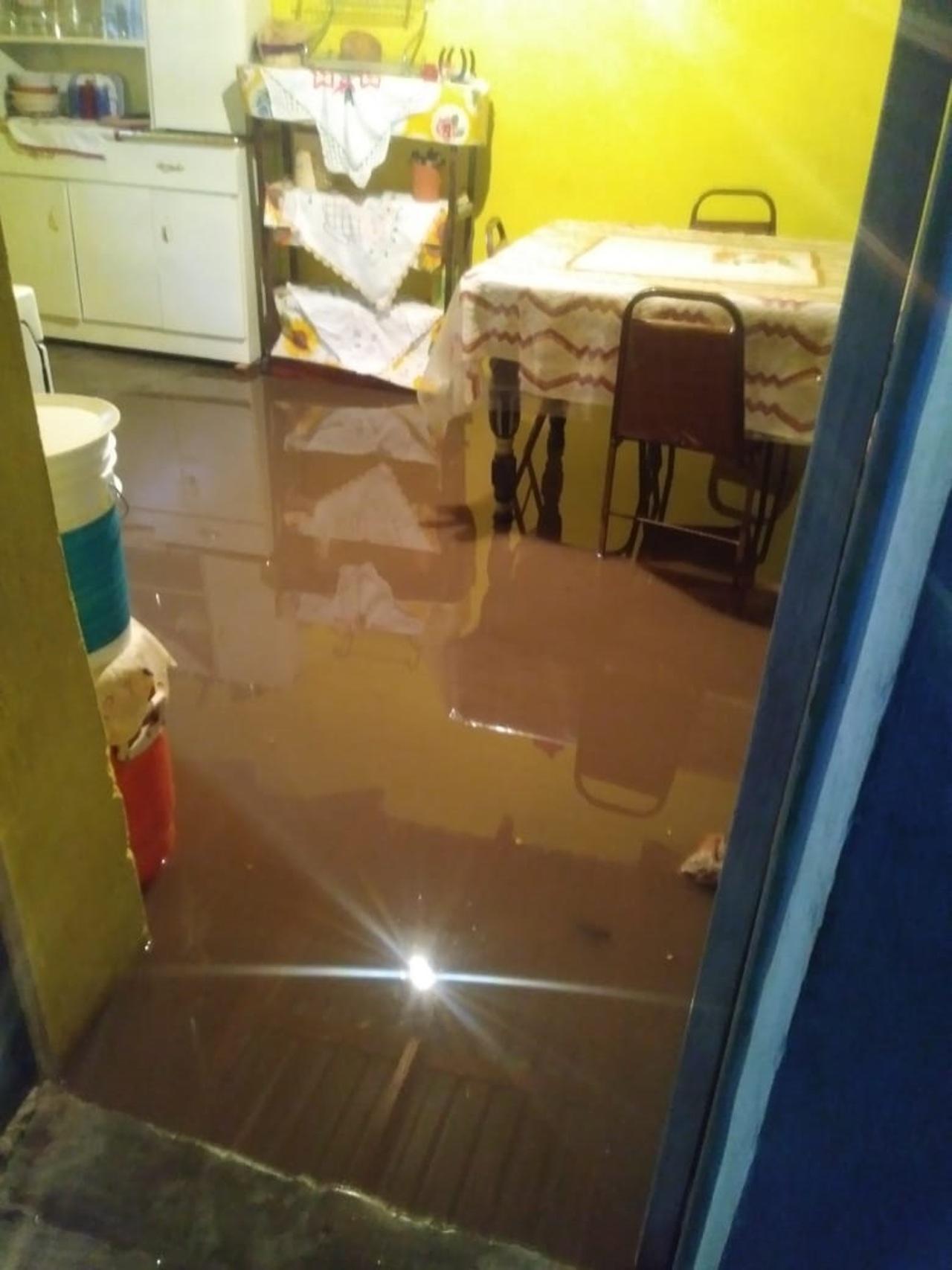 Lluvias dejan varios municipios con inundaciones