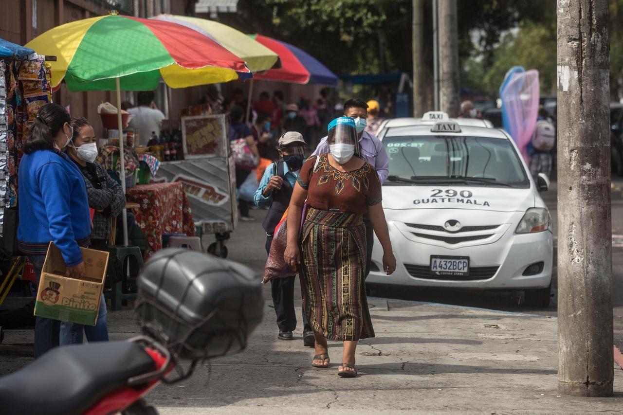 Guatemala deja  el confinamiento
