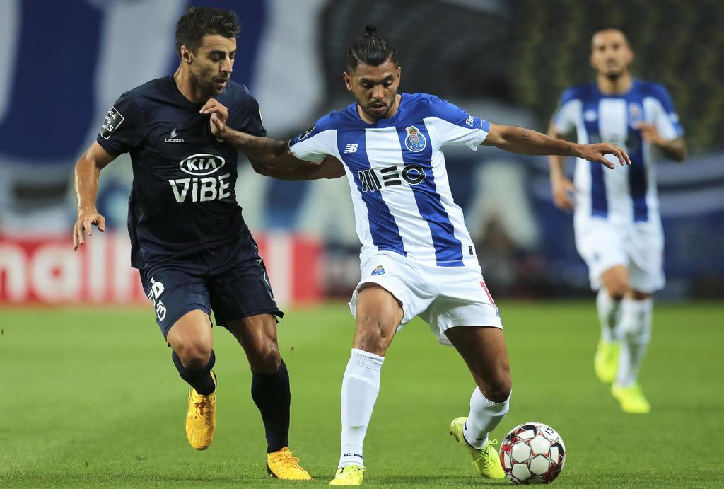 'Tecatito' Corona dentro de los mejores futbolistas de Portugal