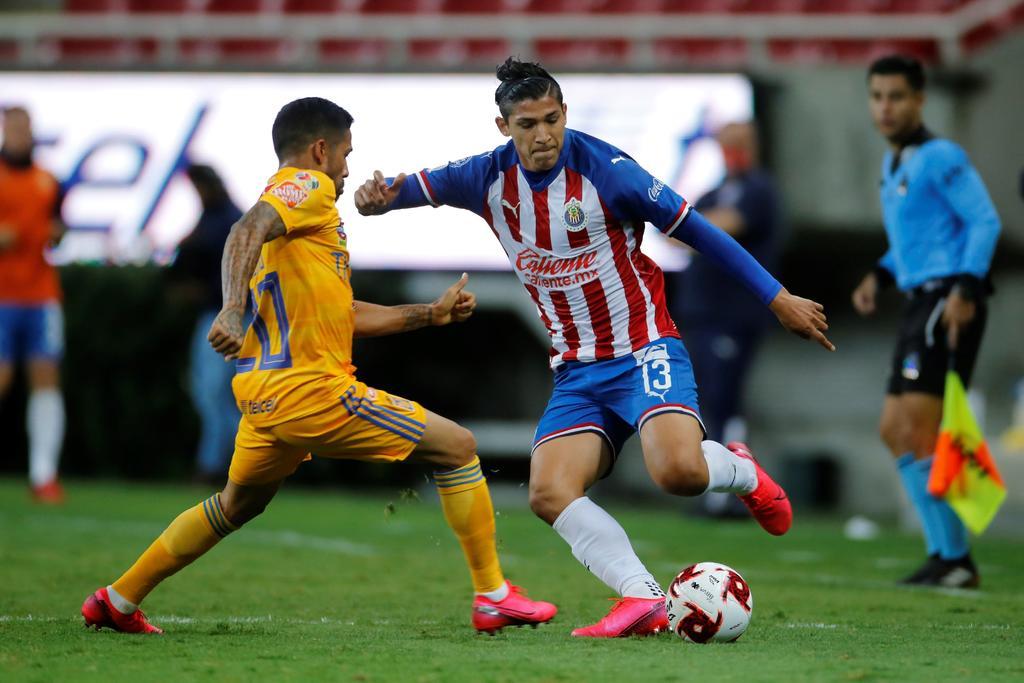 Chivas puede ser ofensivo para marcar en diferentes circunstancias: Ángel Zaldivar