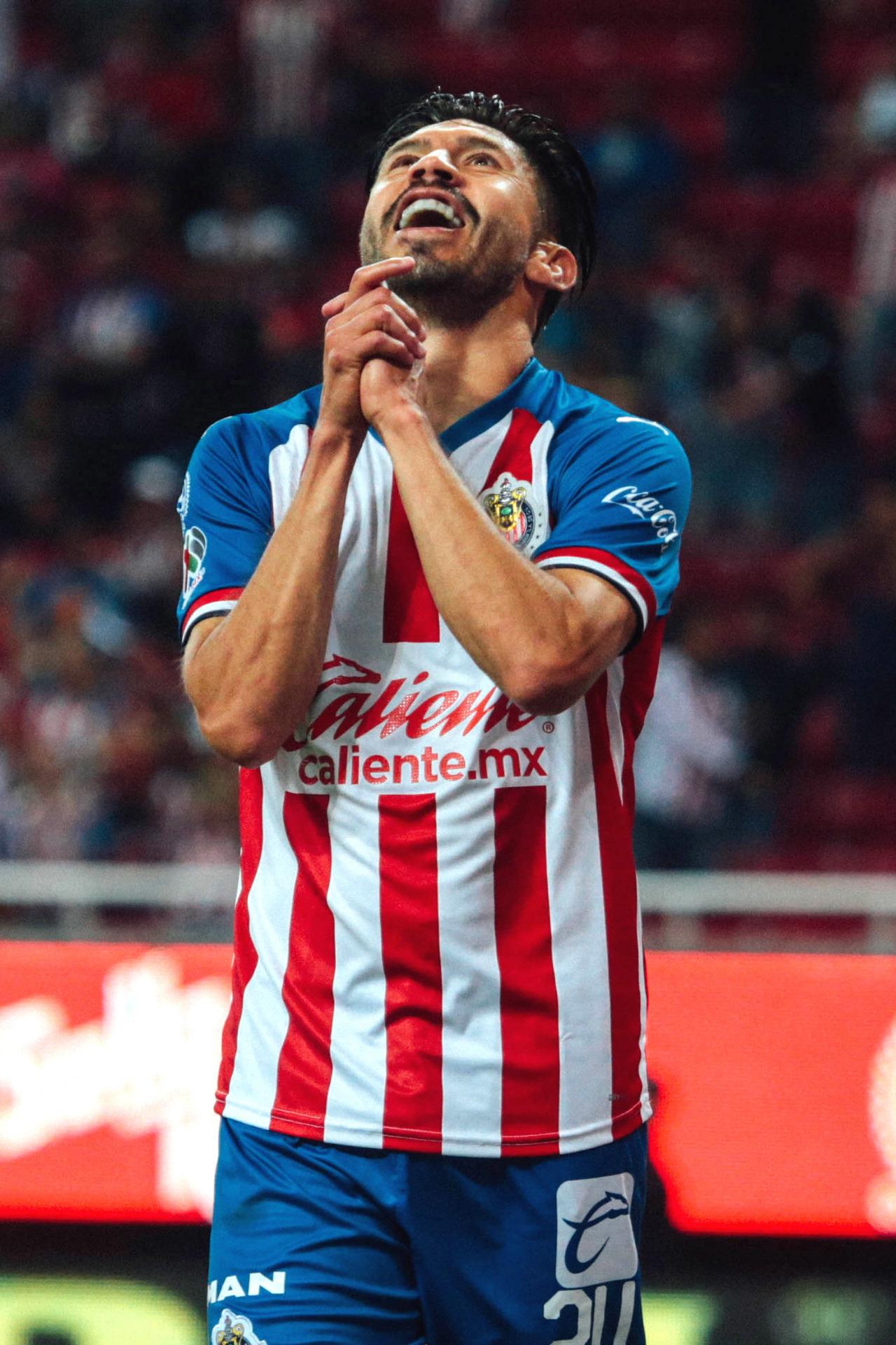 Oribe Peralta es positivo a Covid-19