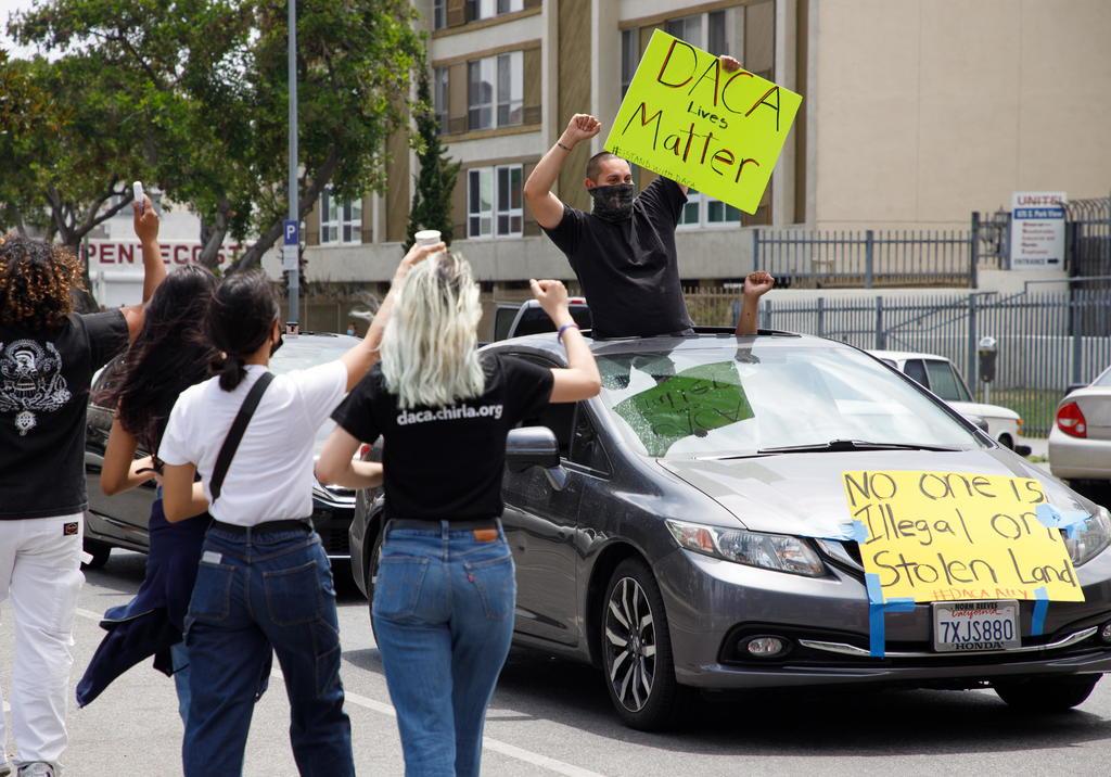 Pone Gobierno de EUA límites a DACA