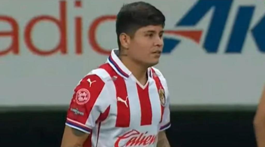 Futbolistas que regresaron con kilos de más de la cuarentena