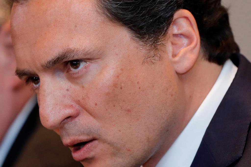 Defensa de Emilio Lozoya pide desactivar orden de aprehensión por Odebrecht