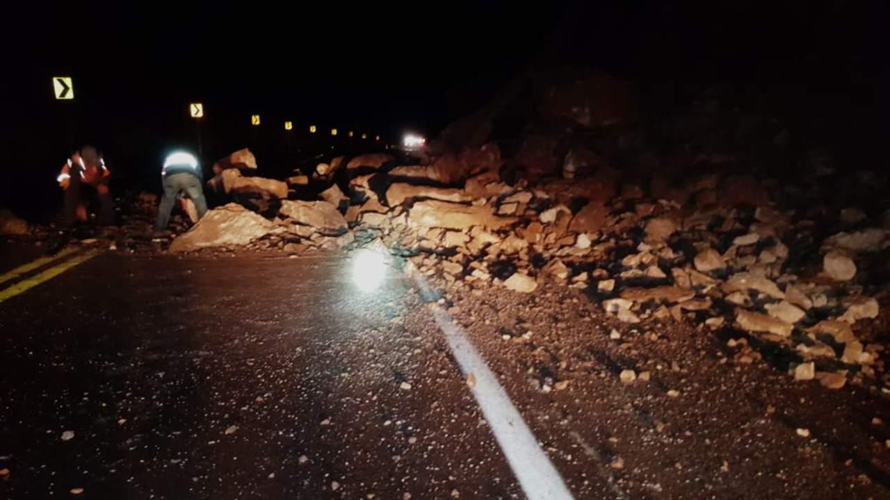 Cierran autopista a Mazatlán por lluvias