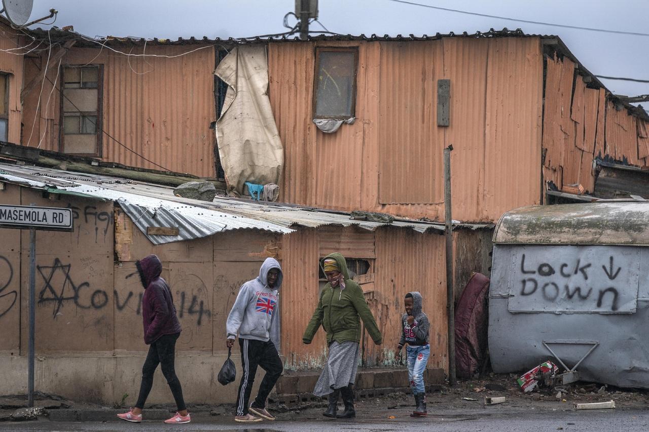 Sudáfrica registra casi 116 violaciones al día, revelan