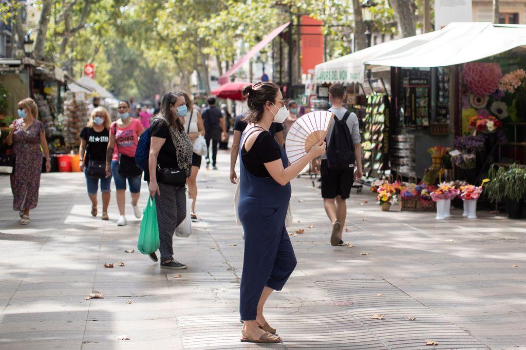 Aplican aislamientos selectivos en España por nuevos contagios de COVID-19