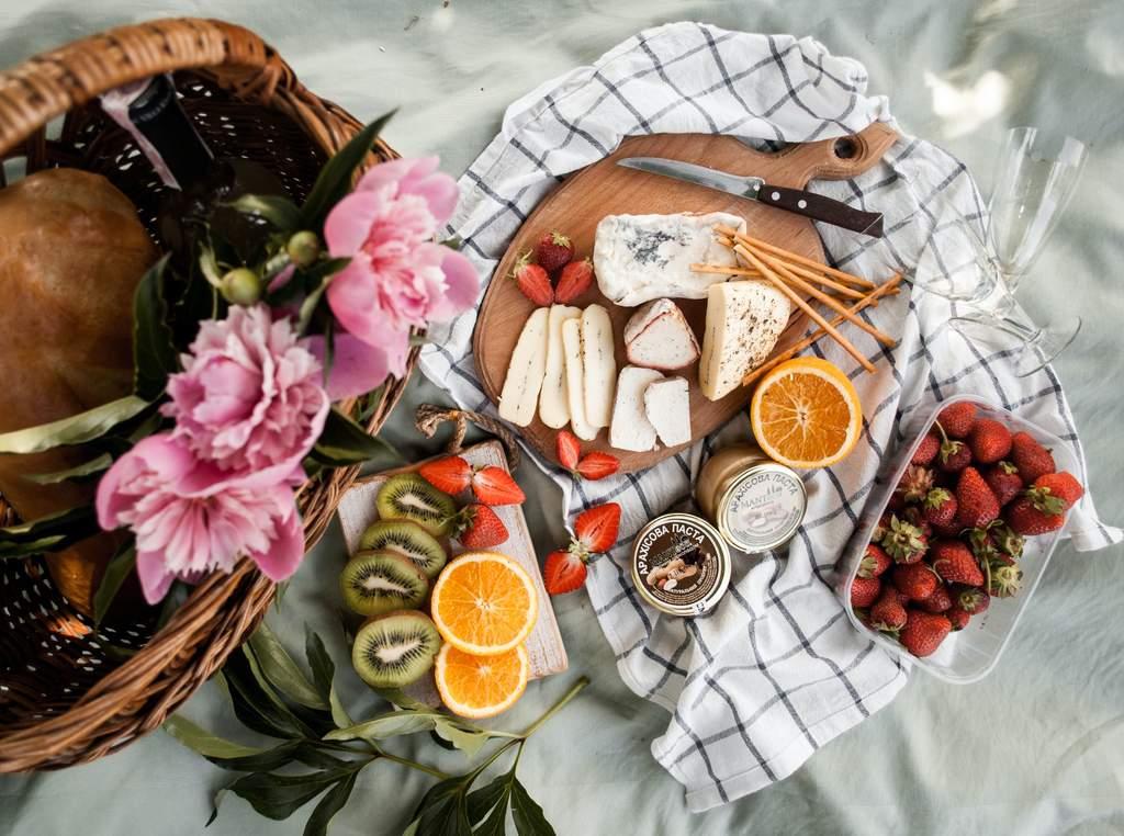 ¿Cómo hacer un picnic en casa?