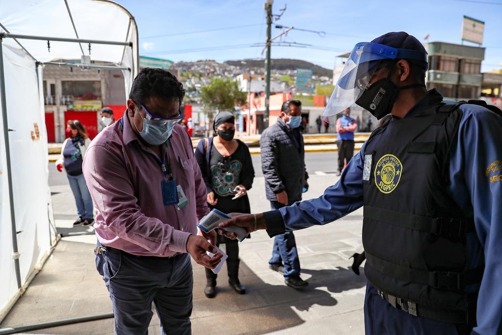 Suben a 87,963 los casos de COVID-19 en Ecuador