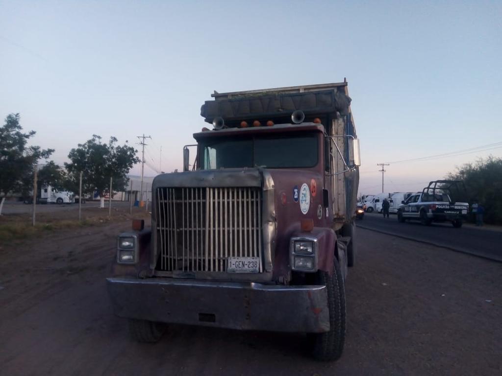 Joven jornalero muere arrollado por camión de carga en Tlahualilo