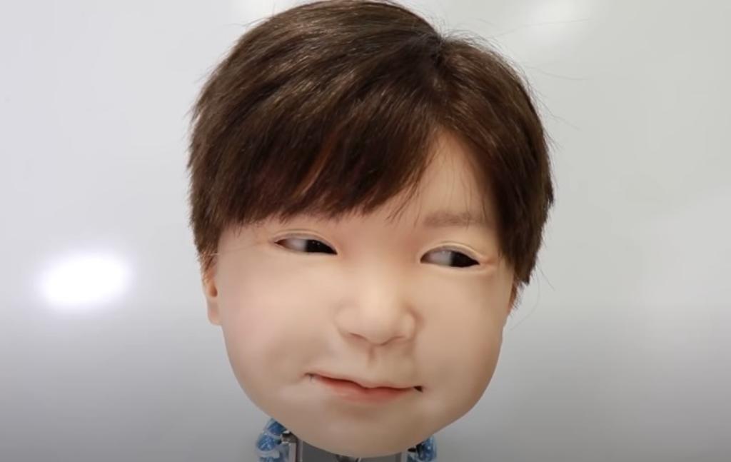 Affetto, el niño robot diseñado para 'sentir' dolor