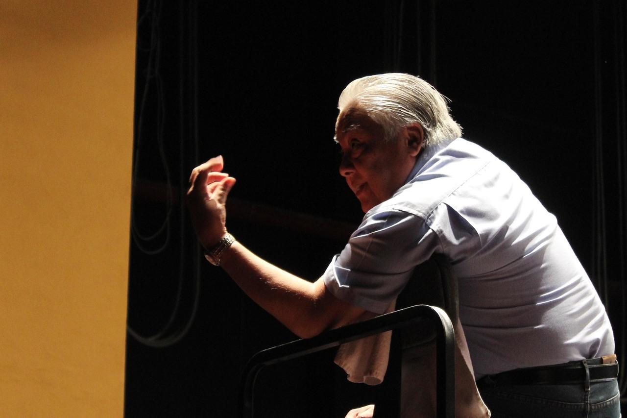 José Guadalupe Flores charlará en línea