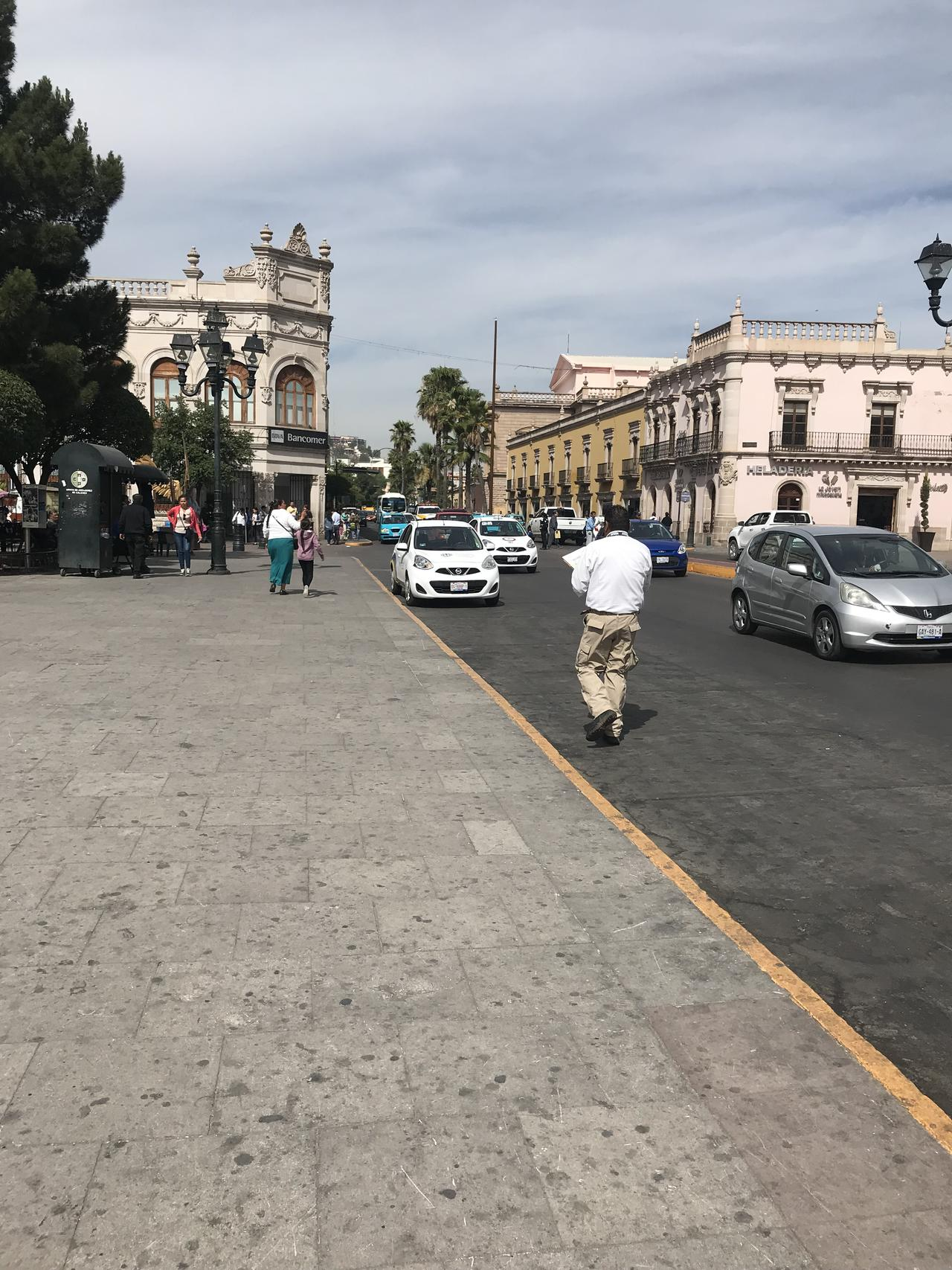 """Terminó """"Hoy no circula"""" para taxis"""