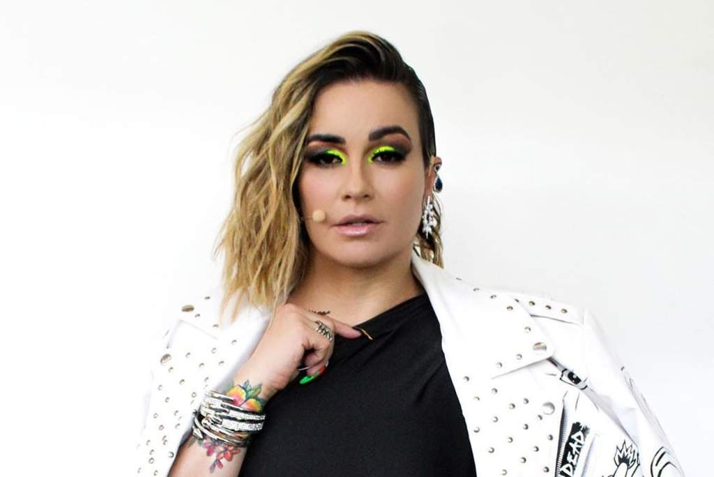 María José se divide como coach en TV Azteca y actriz de Televisa