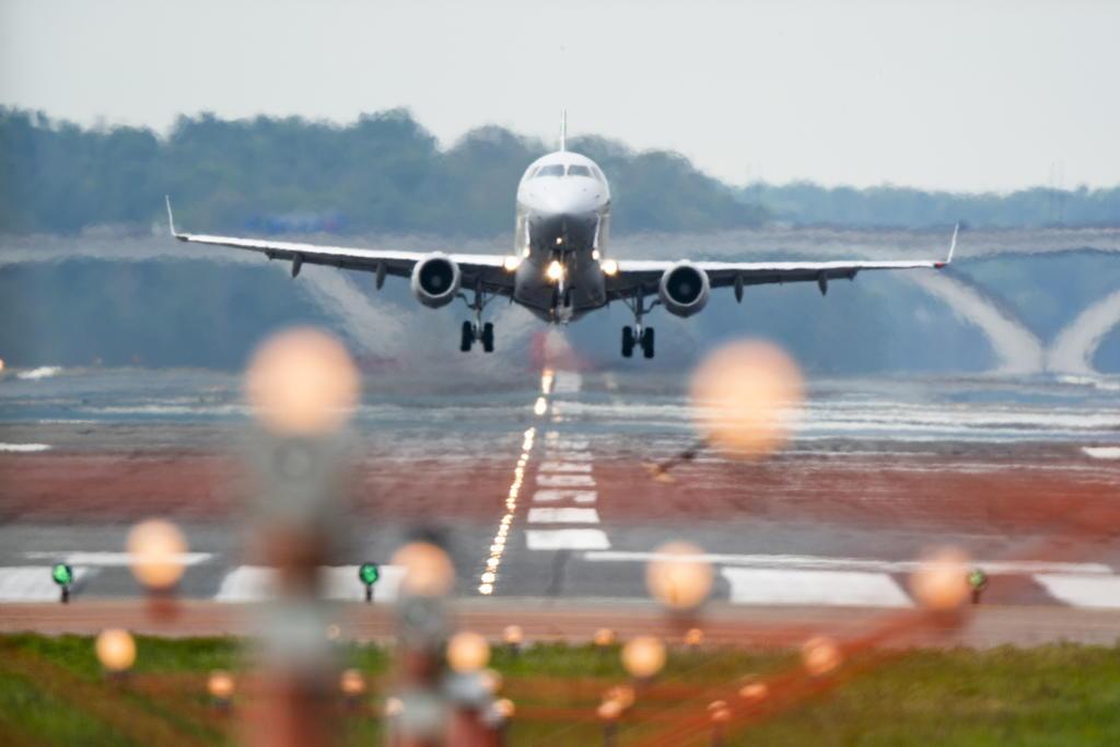 Estados Unidos retira su alerta de viaje global y vuelve al sistema por países