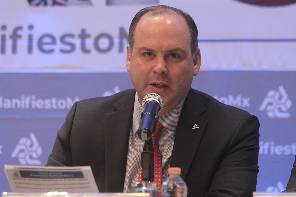 Critica De Hoyos consulta de AMLO sobre planta industrial