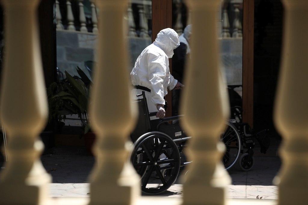 Aumenta Europa medidas de control a España por brotes de COVID-19