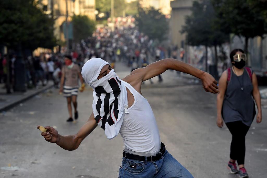 Protestan en el centro de Beirut por segundo día consecutivo