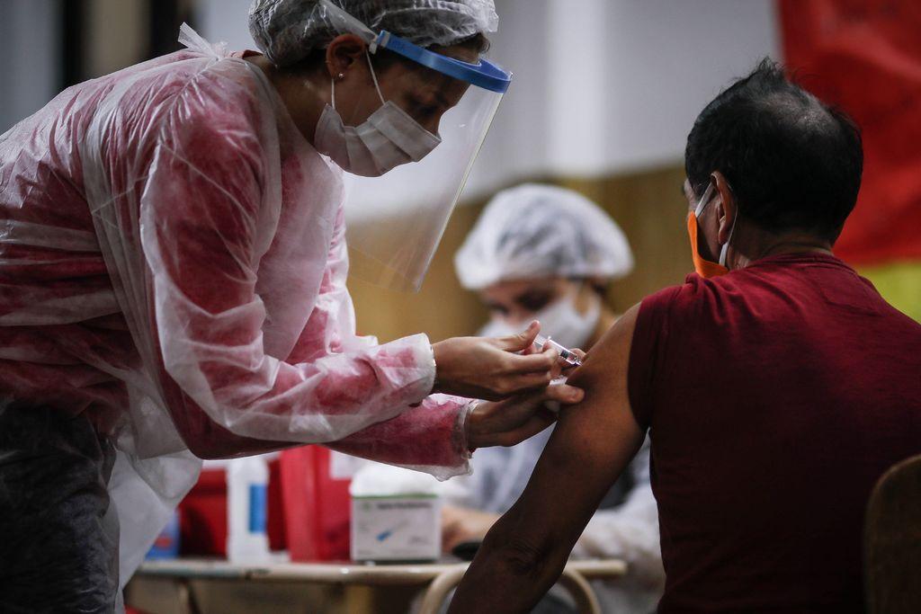 Comienza Argentina ensayos clínicos de vacuna contra COVID-19