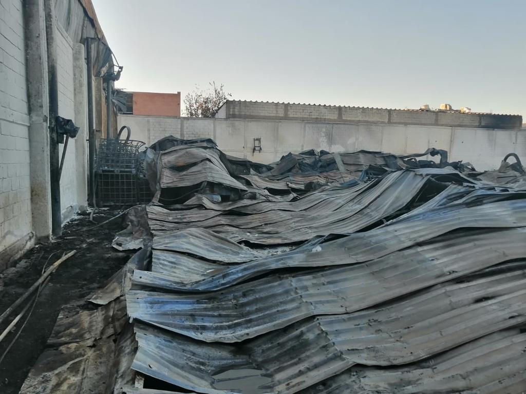 Investigan origen de incendio en Parque Industrial de Gómez Palacio