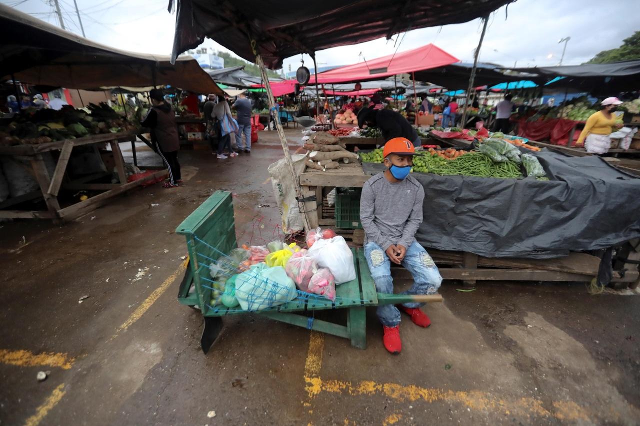 'Crimen organizado, inmerso en la economía informal de El Salvador'
