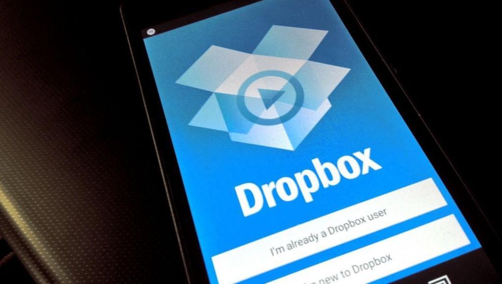 Así puedes transferir tus fotos y videos de Facebook a Dropbox