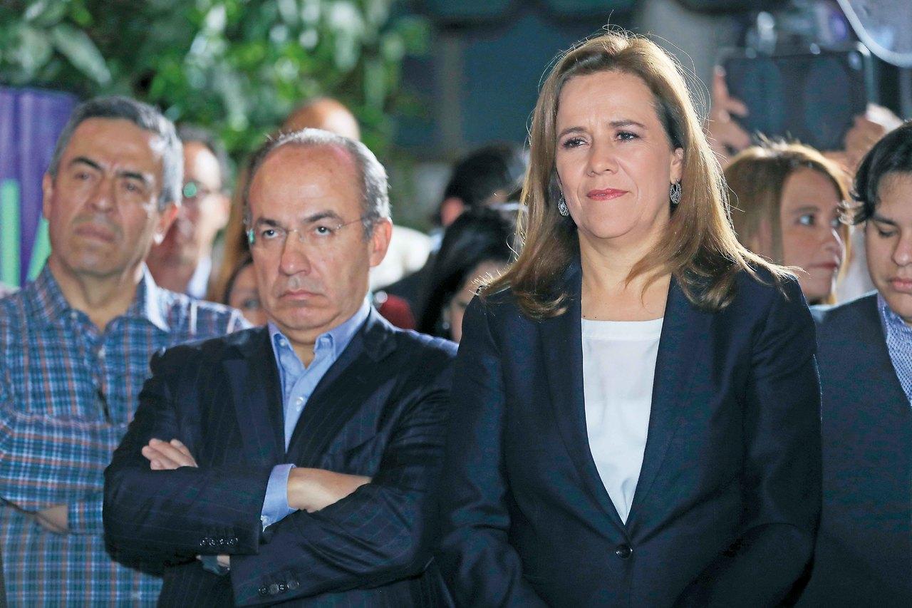 Calderón y Murayama se enganchan sobre México Libre
