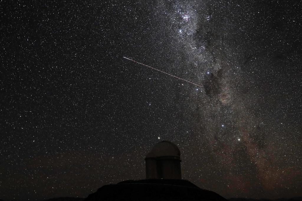 Estiman que cada astrónomo emite 18 toneladas de CO2 con sus investigaciones