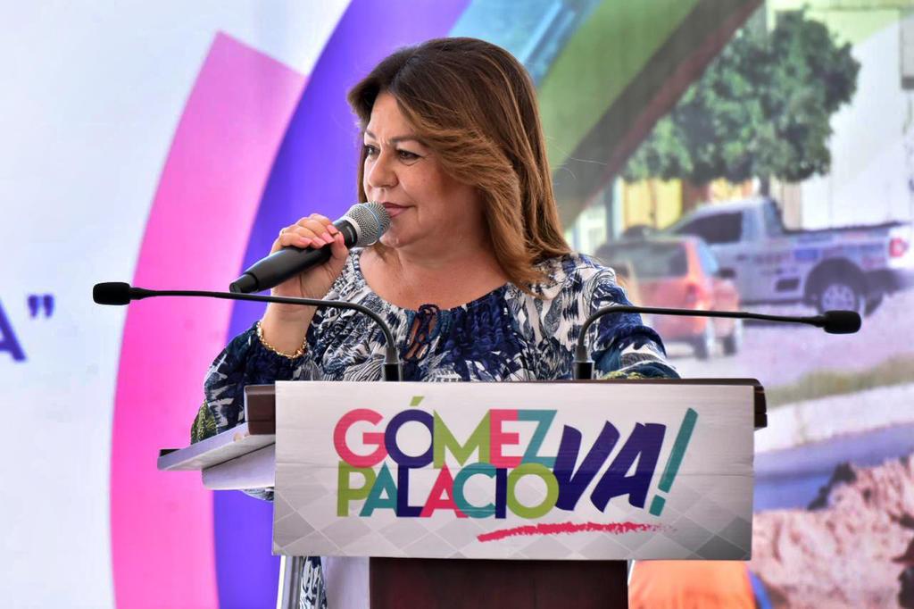 Bloquea UIF cuentas de Leticia Herrera; denuncia desvío de recursos
