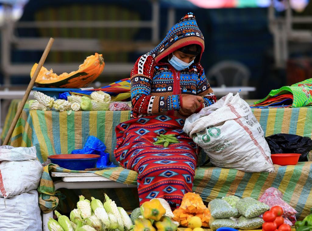 Reporta Ecuador 10,963 fallecidos por COVID-19