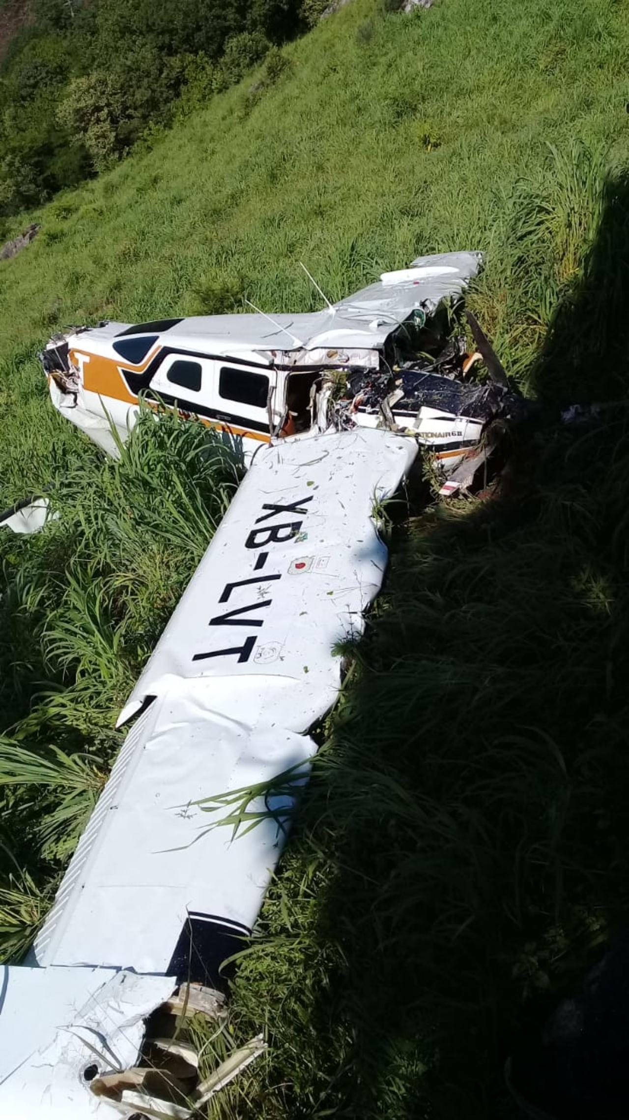 Buscan a dos víctimas de avionetazo en Topia