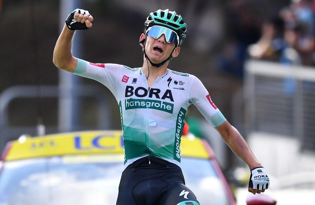 Kamna gana etapa 17; Roglic sigue líder
