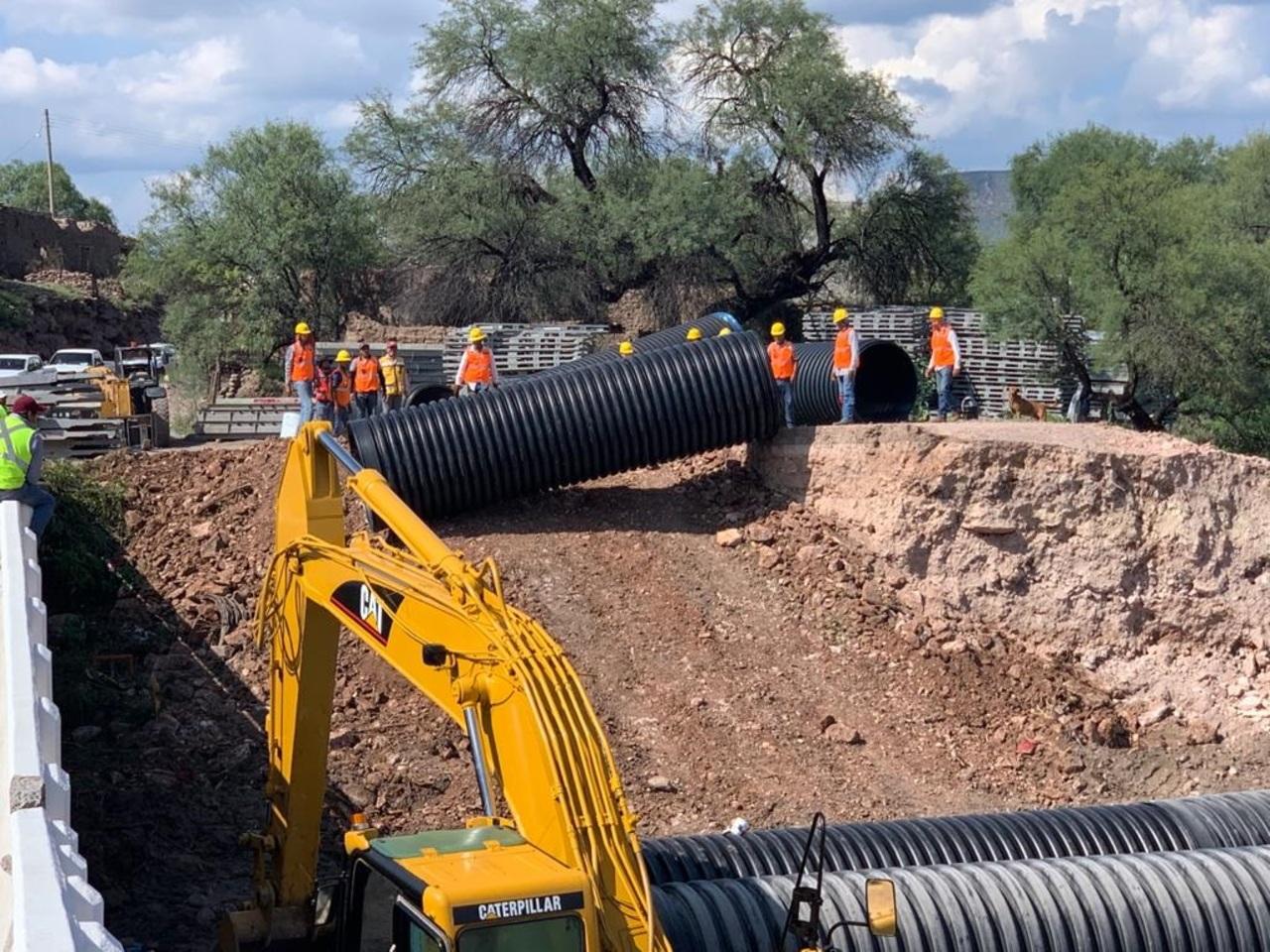Siguen trabajos en puente San Antonio