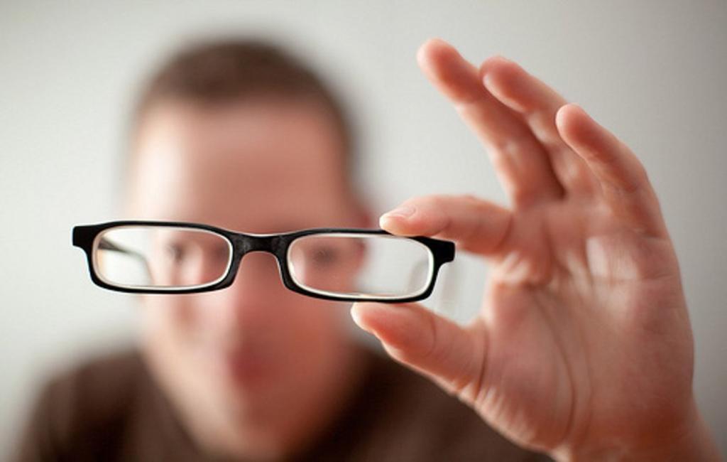 Ocultas muestra con video cómo ven el mundo las personas con miopía