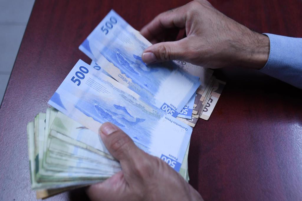 Peso mexicano, la divisa que perdió más durante la semana
