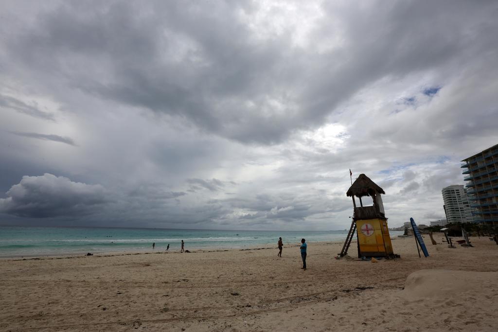Ojo del peligroso huracán 'Delta' toca tierra en México