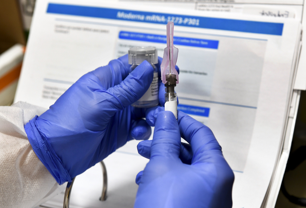 Endurece EUA requisitos para futura vacuna contra COVID-19