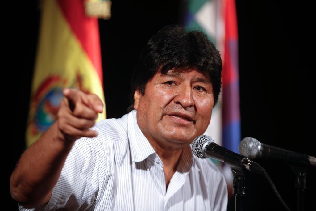 Evo Morales, en mira judicial de Bolivia; su partido sigue en carrera electoral