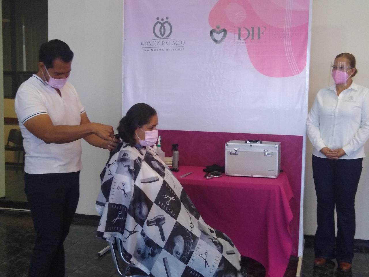 Firman convenio para que mujeres donen cabello