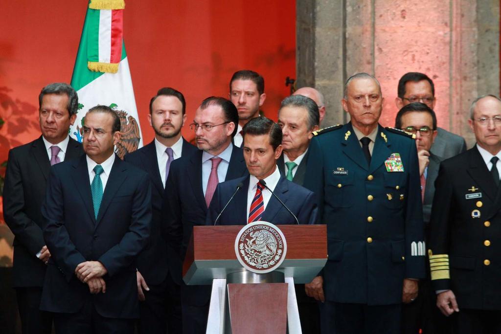 Gabinete de Peña Nieto, bajo asedio